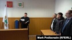 Заседание по делу Данила Сафронова в мировом суде Томска