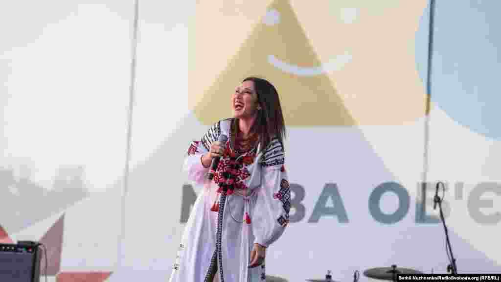 Співачка Наталка Карпа