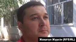 Есенжан Тынымулы, родственник умершего 23-летнего Серикболсына Кошербая, у которого медики изъяли органы для трансплантации. Актобе, 13 июля 2017 года.