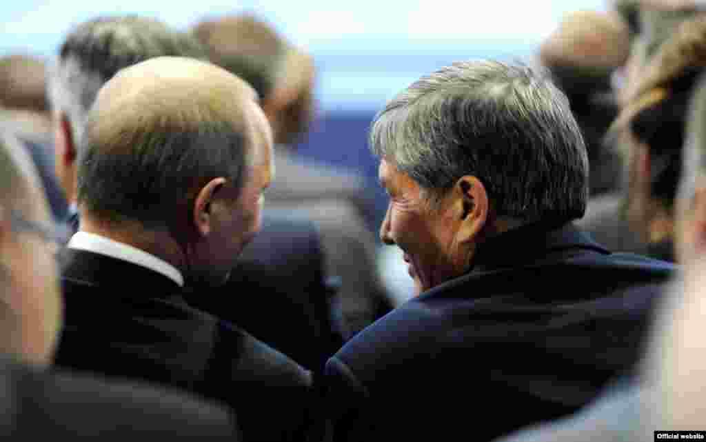 В Санкт-Петербурге прошел экономический форум. Президент КР провел ряд встреч с коллегами