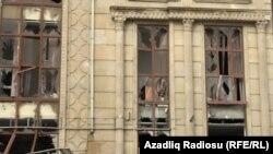 Partlayış nəticəsində zərər çəkmiş bina