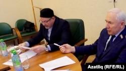 Рәфыйк Мөхәммәтшин (с) һәм Ринат Закиров (у)