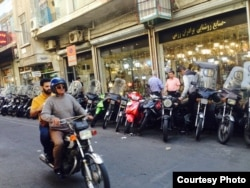 Мотоциклы популярны в Иране.