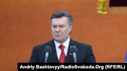 Украина президенті Виктор Янукович. Киев, 9 мамыр 2012 жыл.