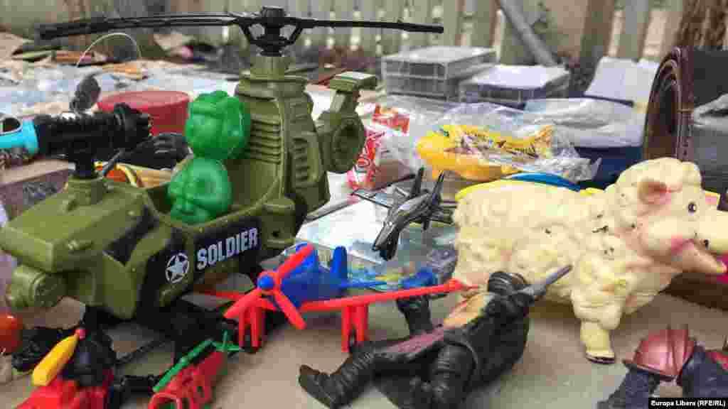 Советский игрушечный милитаризм.
