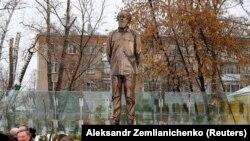 Statuia lui Alexandr Soljenițîn, lucrarea sculptorului Andrei Kovalciuk, 11 decembrie 2018