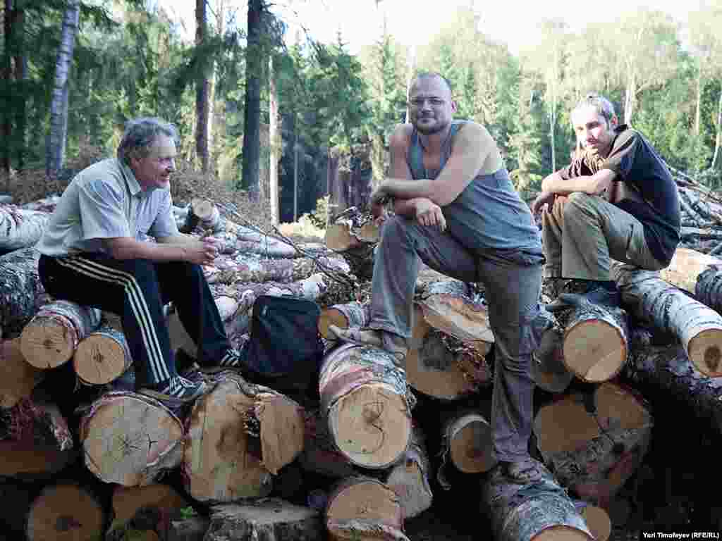 Khimki forest defenders at their camp on the site of the felling on July 15.