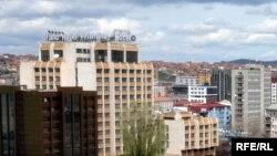 Në mesin e ndërmarrjeve të privatizuaraa me spin-off special është edhe Hoteli Grand, të cilit i janë marrë aksionet nga AKP-ja.