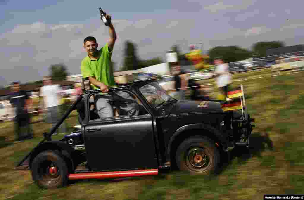 As memories of Stasi repressions faded, the Trabant gained new popularity, and Trabant clubs were formed across the world.
