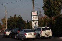 Ўзбекистонлик ҳайдовчилар бензин нархи ошишидан хавотирда