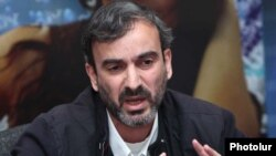 Armenia - Opposition activist Zhirayr Sefilian at a news conference in Yerevan.