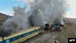 تصادف دو قطار مسافربری در استان سمنان