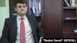 Рустам Азизӣ