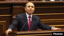 Armenia - Parliament speaker Hovik Abrahamian addresses the National Assembly in Yerevan, 24Feb2014.