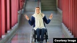 زهرا نعمتی، عضو تیم ملی تیراندازی با کمان بانوان معلول ایران