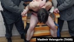 Пытки в полиции, Россия / Torture police Russia - Illustrative photo