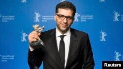 Данис Танович с наградой Берлинского кинофестиваля