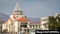 Լեռնային Ղարաբաղի Ազգային ժողովի շենքը