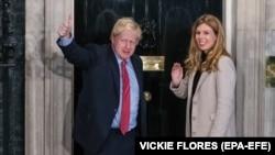 Boris Johnson və nişanlısı Carrie Symonds