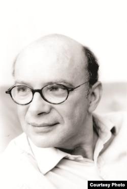 Виктор Себестьен