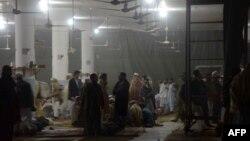 Жарылыс болған ислам орталығы. Пешавар. 16 қаңтар 2014 жыл.