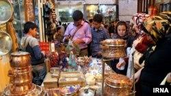 Праздничная торговля на Наурыз в Иране. Иллюстративное фото.