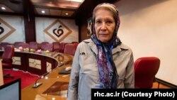 دکتر مینو محرز، رئیس مرکز تحقیقات ایدز ایران