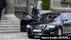 Konsultacije o kandidatu za novog premijera Srbije obavljaju predstavnici izbornih lista i predsednik države Aleksandar Vučić