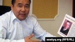 «Автопарктің» қожайыны «Емшан компаниясы» заңды тұлғалар бірлестігінің президенті Мейіржан Өндіргенов. Ақтөбе, 12 қаңтар 2012 ж.