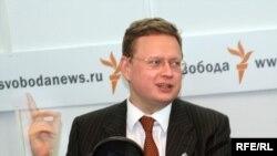 Михаил Делягин в студии Радио Свобода