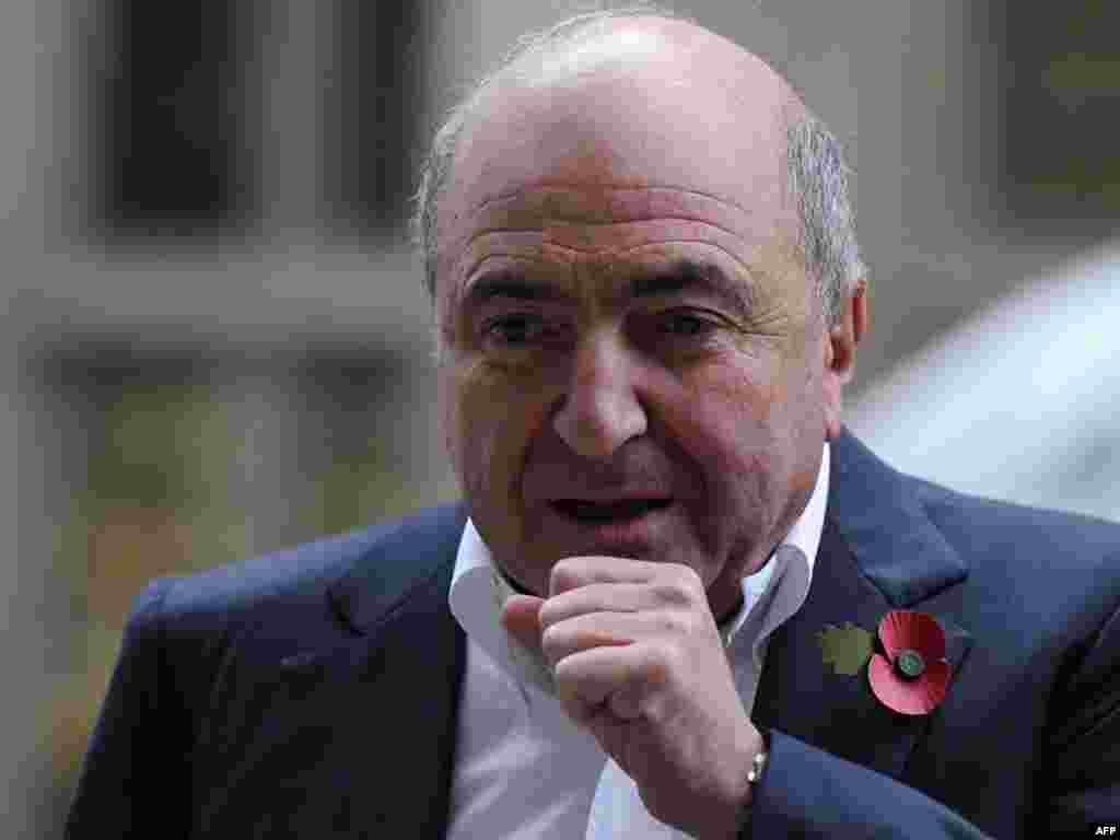 Boris Berezovsky arrives at the High Court in central London for a hearing concerning a multibillion-dollar lawsuit against Roman Abramovich over the Sibneft oil firm.