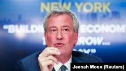 بیل د بلاسیو میگوید که درجه آمادهباش و هوشیاری در شهر نیویورک افزایش یافته است.