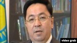Қазақстанның дін істері жөніндегі агенттігінің төрағасы Қайрат Лама Шариф. Астана, 7 шілде 2011 жыл.