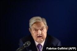 Джордж Сорос в Давосе раскритиковал Китай.