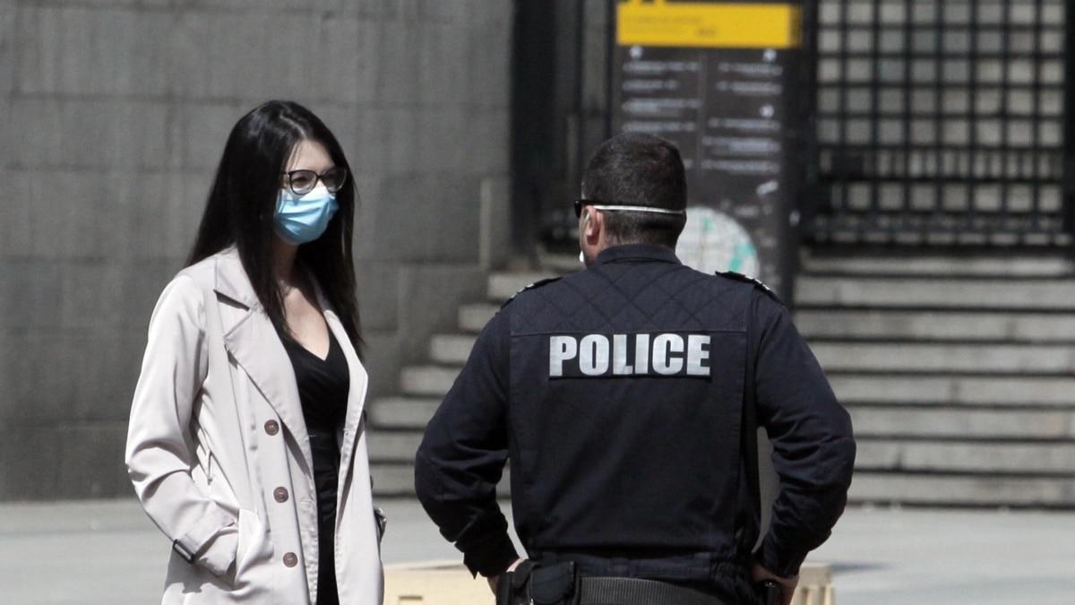 Еще двое членов парламента Болгарии заболели COVID-19