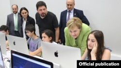Armenia - German Chancellor Angela Merkel visits the TUMO Center for Creative Technologies in Yerevan, 24 August 2018.