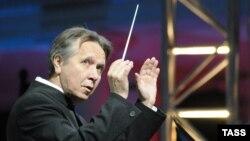 Михаил Плетнев будет теперь дирижировать государственным оркестром