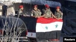 تسلیم پیکارجویان اسلامگرا در پی محاصره طولانی مدتشان توسط ارتش سوریه صورت میگیرد.