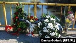 Venci i cveće za ubijene iz Sjeverina
