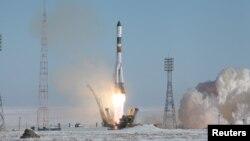 """""""Союз-У"""" зымыран тасығышының ғарышқа ұшырылу сәті. Байқоңыр, 22 ақпан 2017 жыл."""