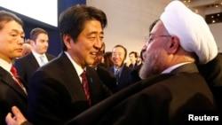 نخستوزیر ژاپن قرار است در سفر به تهران با حسن روحانی دیدار و گفتگو کند.