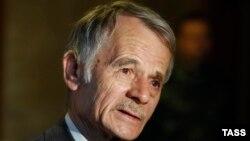 Лидер крымских татар Мустафа Джемилев