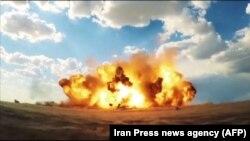 Impactul unui rachete balistice lansate în Iran