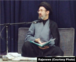 Mojtaba Khamenei during a religious lecture. Undated.