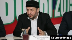 The reasons for Magomedrasul Saaduyev's dismissal as imam of the Kotrov Street mosque remain a mystery.