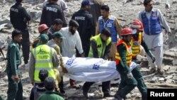 Архивска фотографија: Експлозија на бомба во Пакистан.