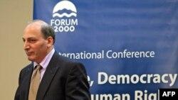 رامین جهانبگلو، نویسنده و روشنفکر ایرانی