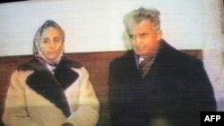 Nikolay və Elena Çauşeskular 1989-cu ilin dekabrında edam edilməzdən az əvvəl
