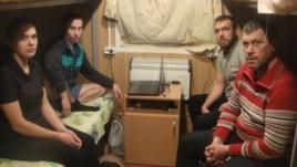 Объявившие голодовку строители. Хакасия
