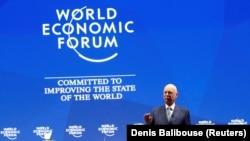 Дүйнөлүк экономикалык форумдун төрагасы Клаус Шваб Давостогу жыйындын ачылышында. 22-январь, 2018-жыл.